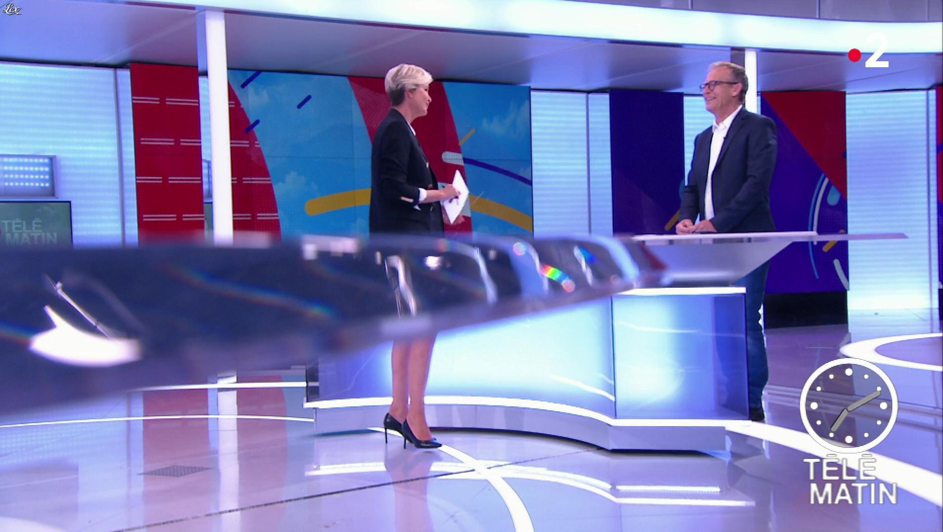 Estelle Colin dans Télématin. Diffusé à la télévision le 10/05/19.