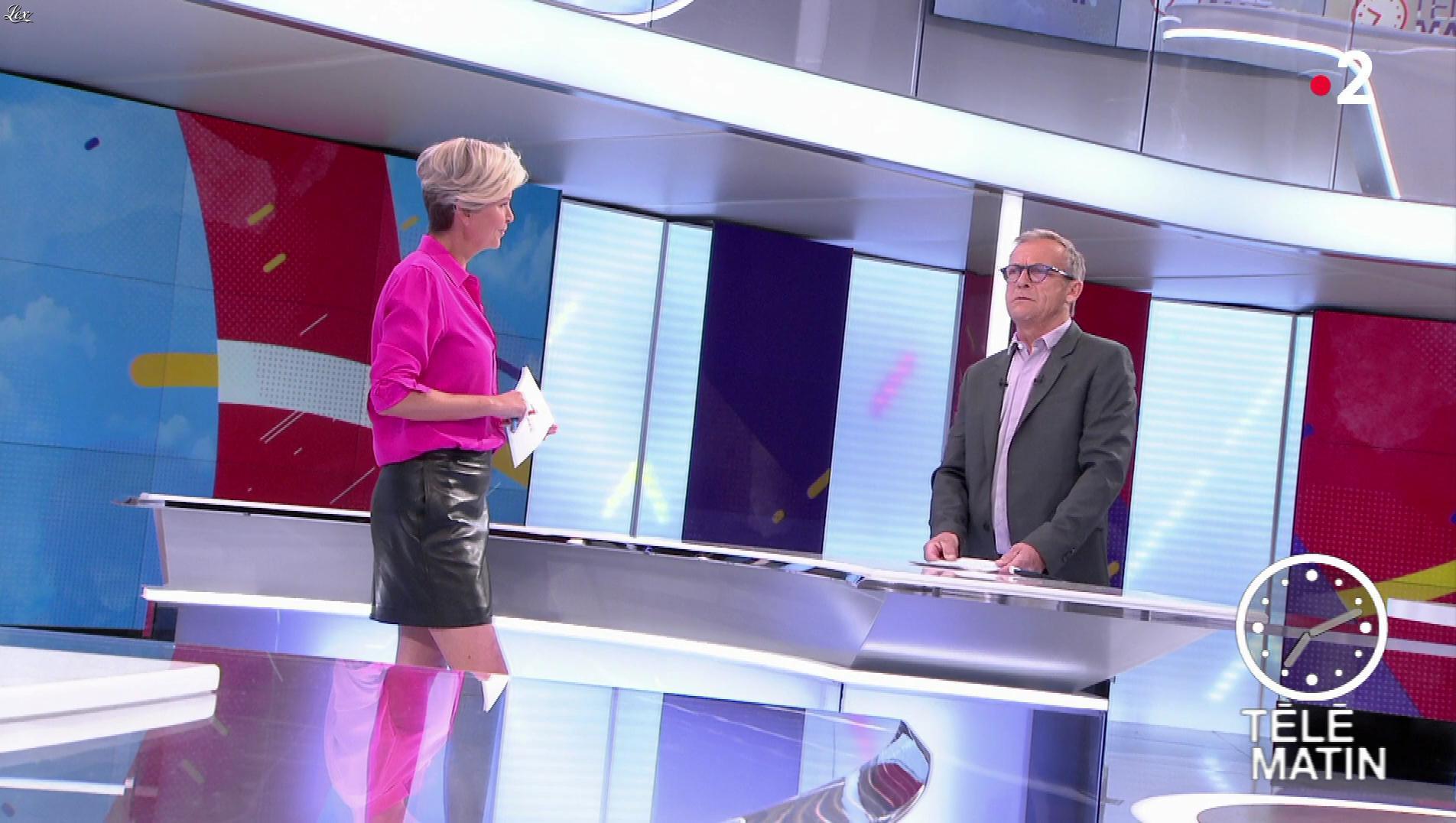 Estelle Colin dans Télématin. Diffusé à la télévision le 17/05/19.