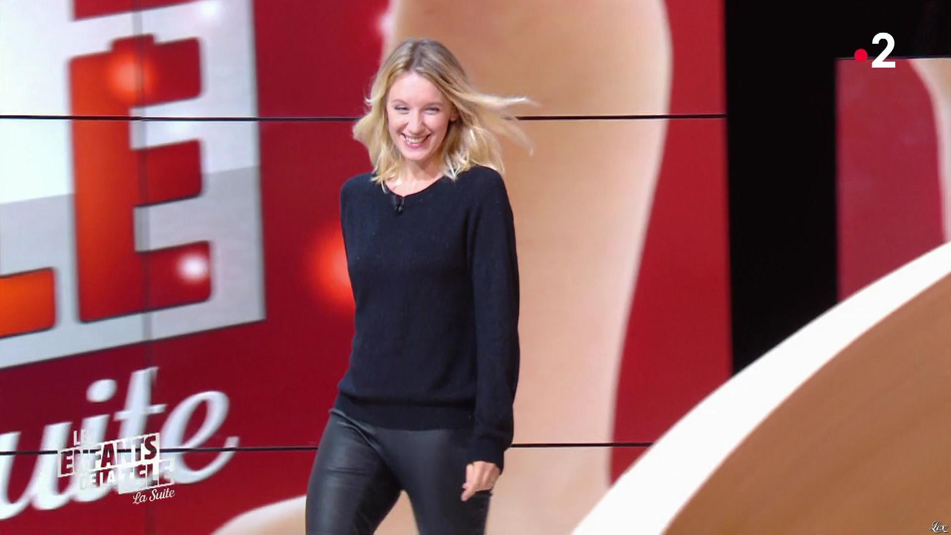 Ludivine Sagnier dans les Enfants de la Télé. Diffusé à la télévision le 18/11/18.