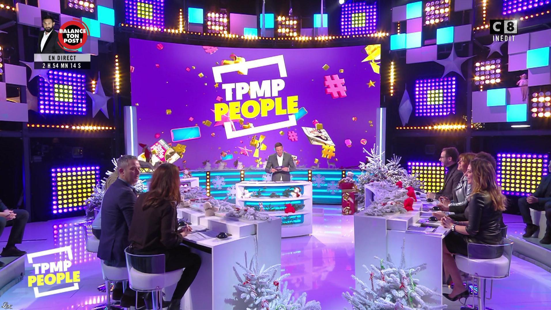 Magali Berdah dans Touche pas à mon Poste People. Diffusé à la télévision le 14/12/18.