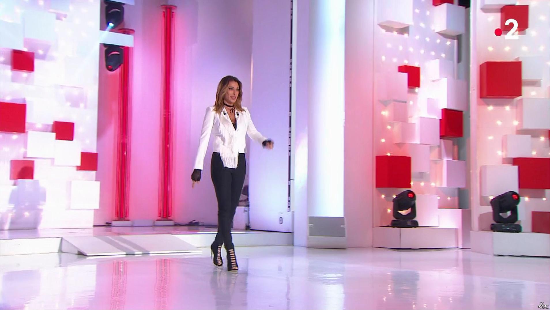 Sabrina Salerno dans Vivement Dimanche. Diffusé à la télévision le 12/05/19.