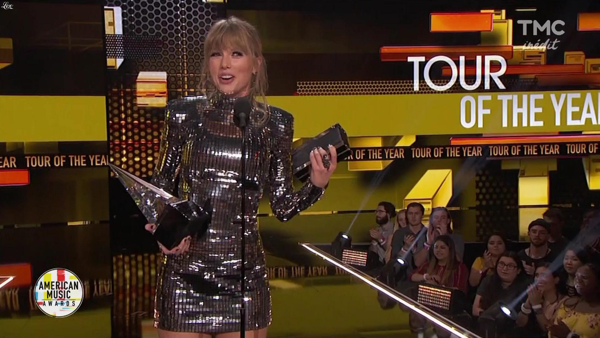 Taylor Swift dans American Music Awards. Diffusé à la télévision le 06/11/18.