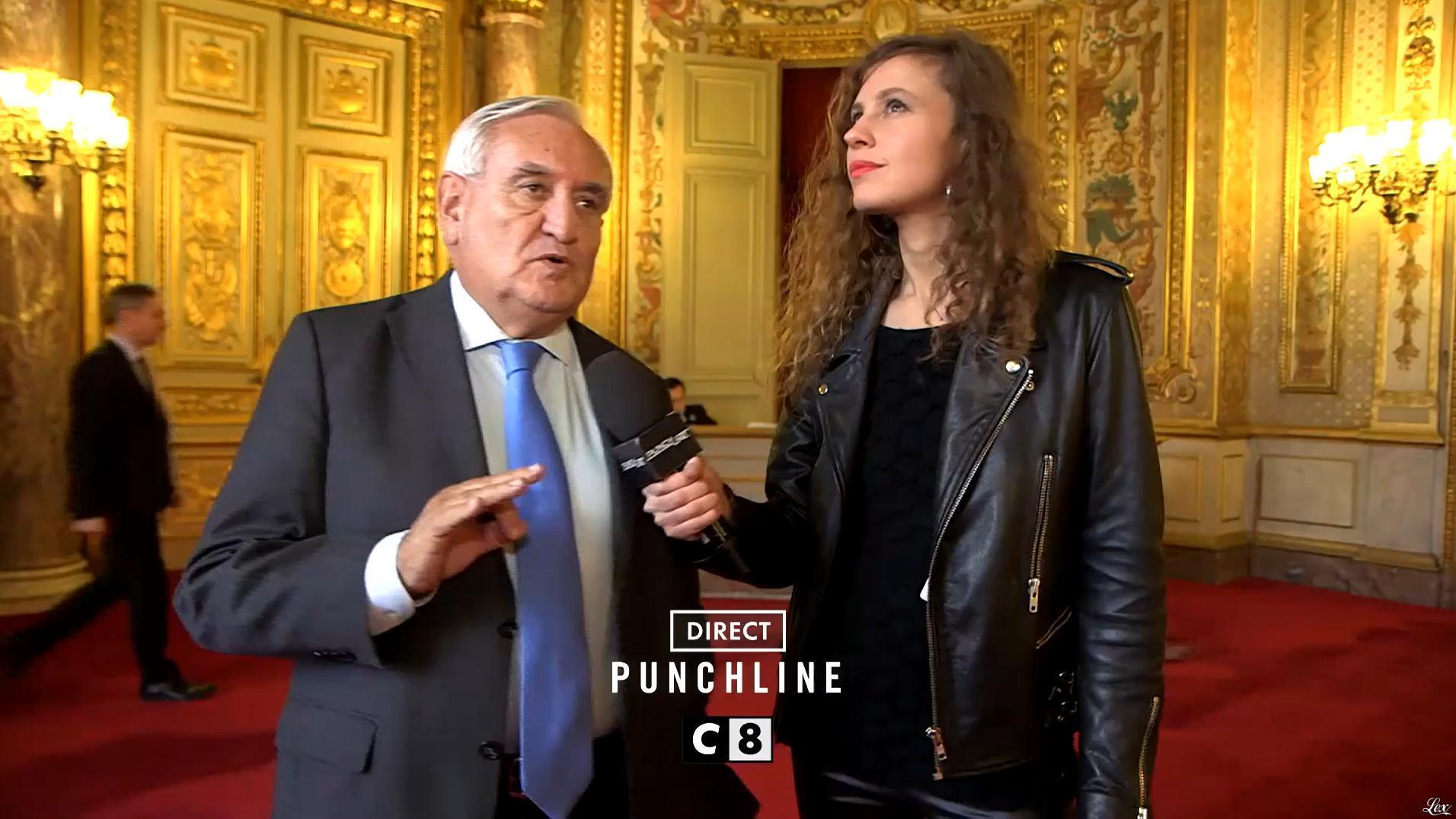 Une Inconnue dans une Bande-Annonce de Punchline. Diffusé à la télévision le 04/02/17.