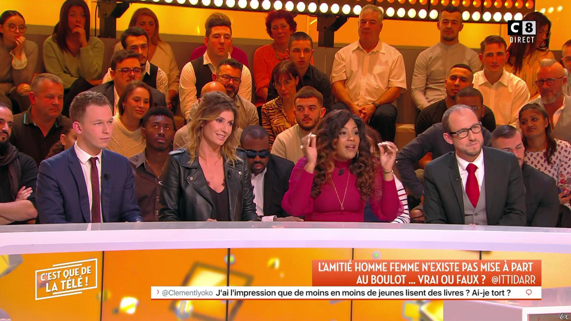 Caroline Ithurbide dans c'est Que de la Télé. Diffusé à la télévision le 23/01/20.