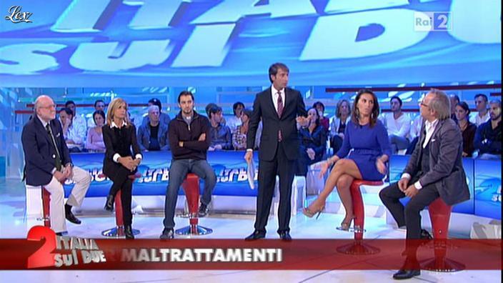 Cristina Tassinari dans Italia Sul Due. Diffusé à la télévision le 12/10/11.