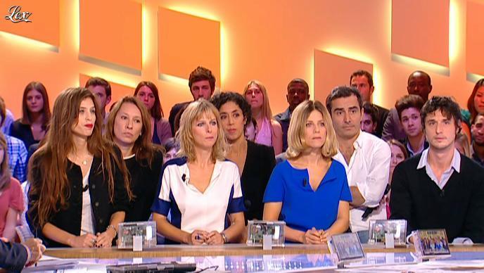 Karin Viard dans le Grand Journal de Canal Plus. Diffusé à la télévision le 12/10/11.