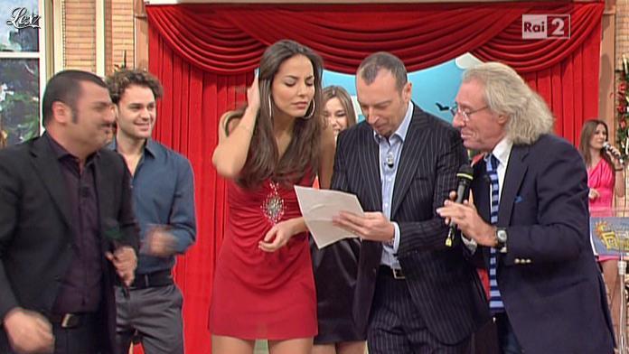 Laura Barriales dans Mezzogiorno in Famiglia. Diffusé à la télévision le 09/01/11.
