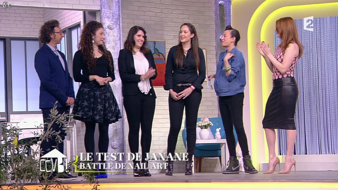 Elodie Frégé dans Comment Ça Va Bien. Diffusé à la télévision le 27/02/15.