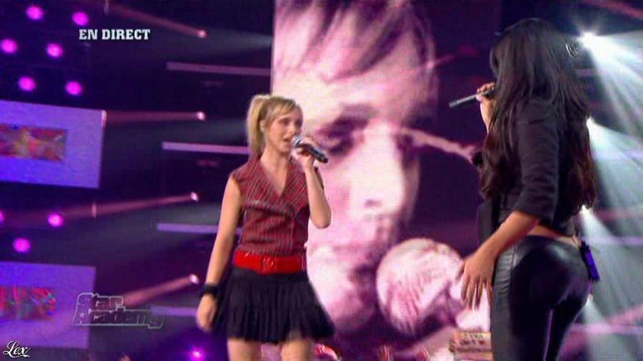 Jenifer Bartoli dans Star Academy. Diffusé à la télévision le 10/10/08.