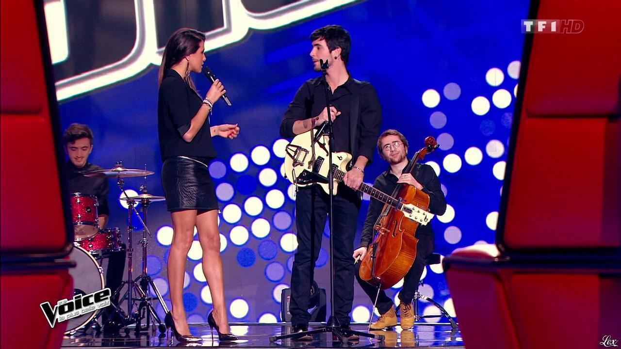 Karine Ferri dans The Voice. Diffusé à la télévision le 07/02/15.