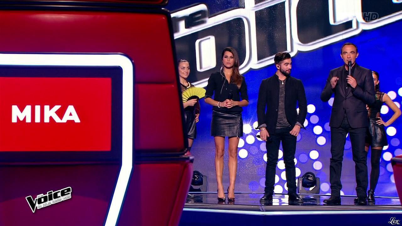 Karine Ferri dans The Voice. Diffusé à la télévision le 10/01/15.
