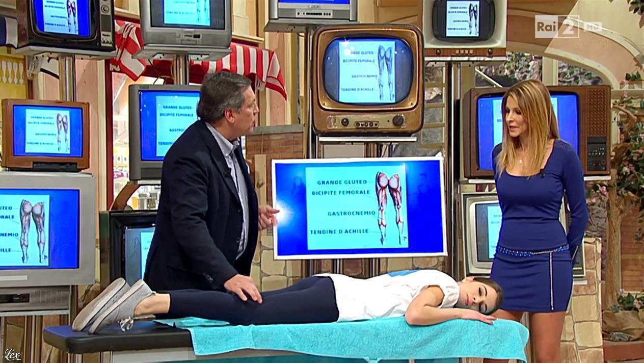 Adriana Volpe dans I Fatti Vostri. Diffusé à la télévision le 02/02/16.