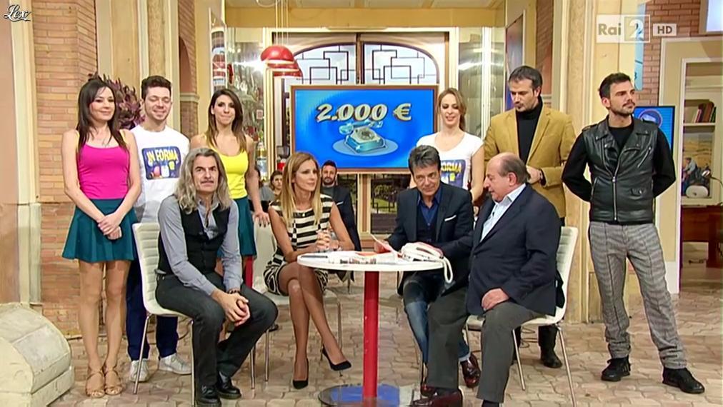 Adriana Volpe dans I Fatti Vostri. Diffusé à la télévision le 12/01/16.