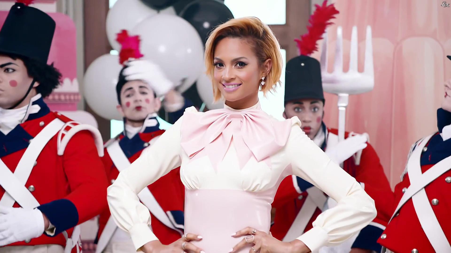 Alesha Dixon - Bande Annonce de Britains Got Talent 2016 - 03