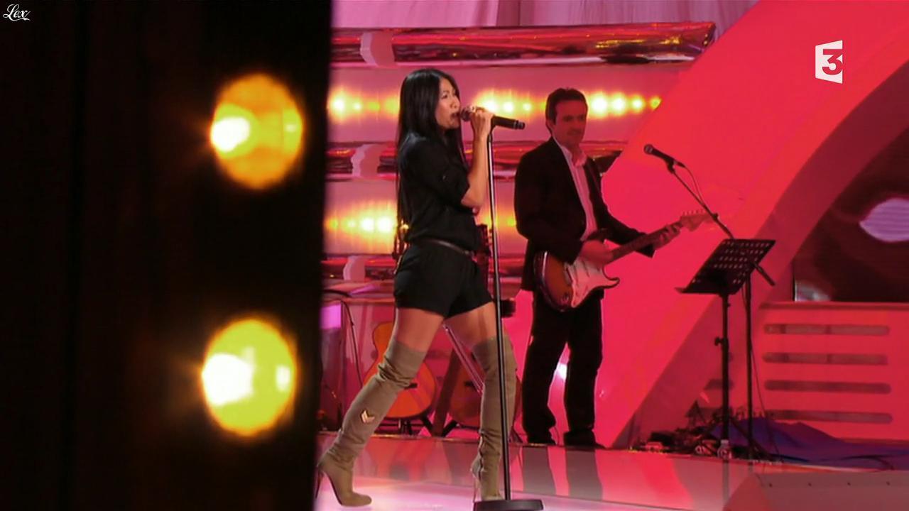 Anggun dans les Chansons d'Abord. Diffusé à la télévision le 30/01/14.