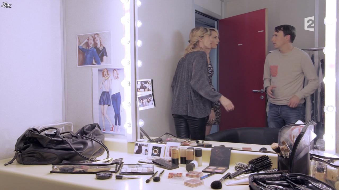 Anne-Sophie Girard et Marie Aldine Girard dans Parfaites ou Presque. Diffusé à la télévision le 24/10/15.