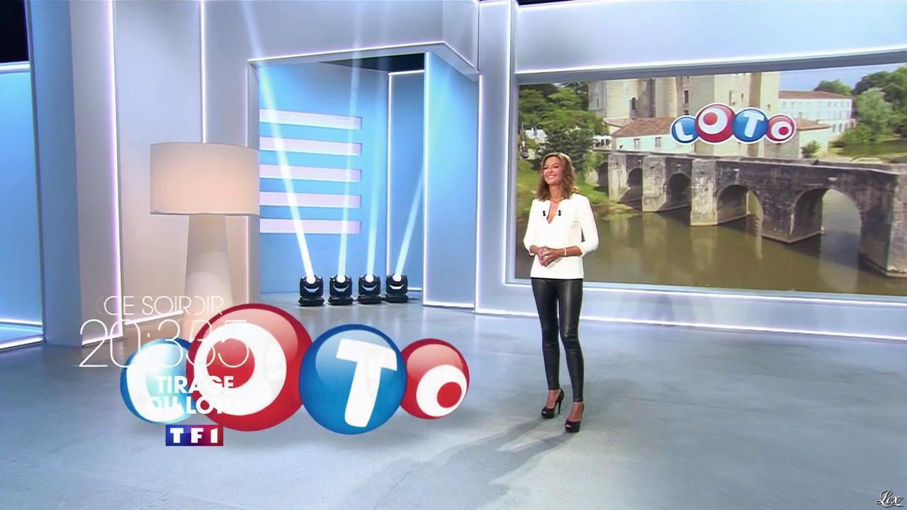 Sandrine qu tier dans une bande annonce de tirage du loto for Loto dans 02