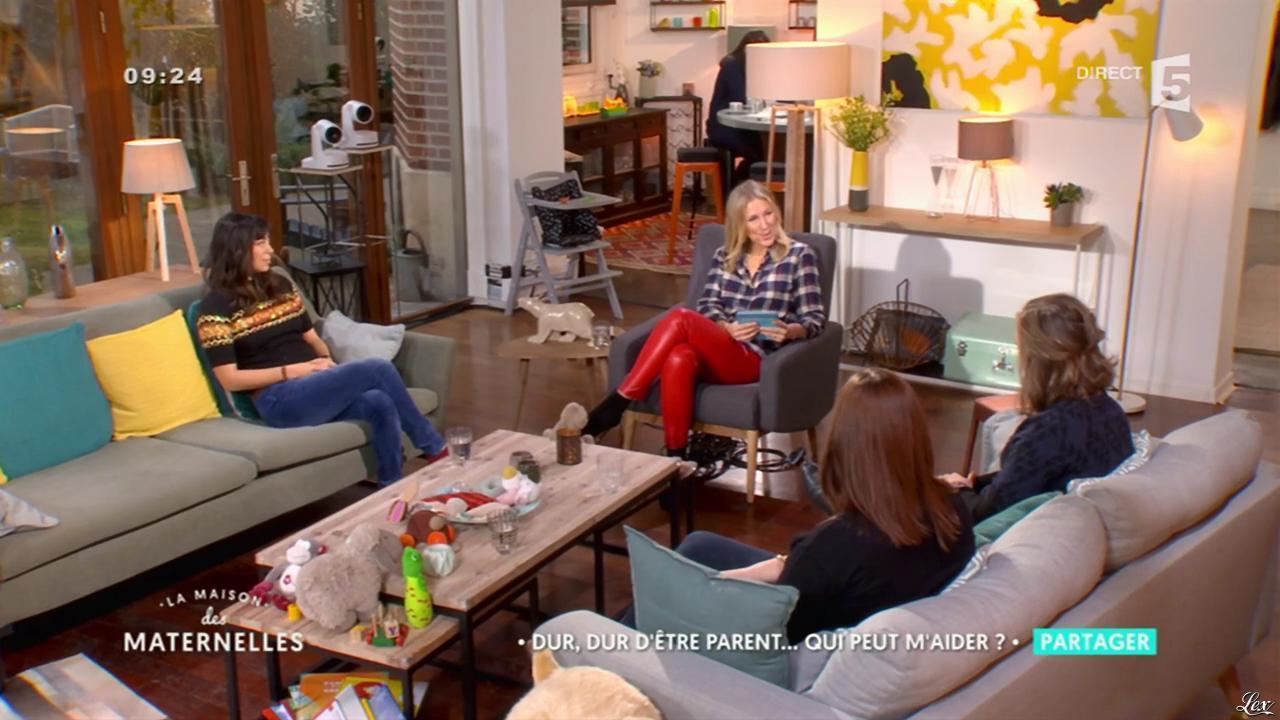 Agathe Lecaron dans la Maison des Maternelles. Diffusé à la télévision le 02/02/17.