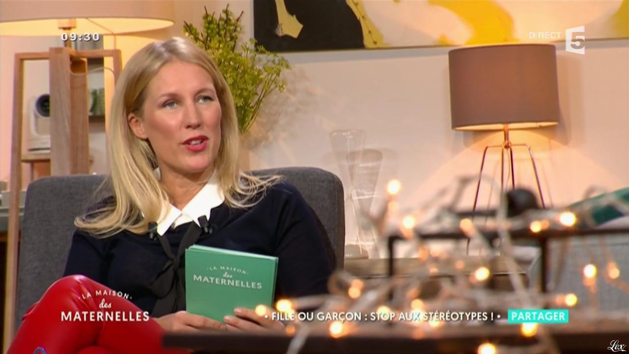 Agathe Lecaron dans la Maison des Maternelles. Diffusé à la télévision le 26/10/16.