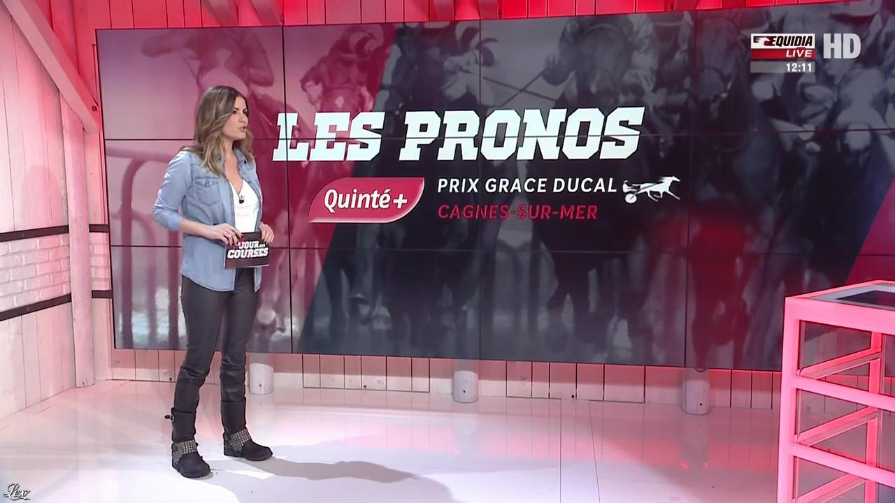 Amélie Bitoun dans un Jour aux Courses. Diffusé à la télévision le 07/02/17.