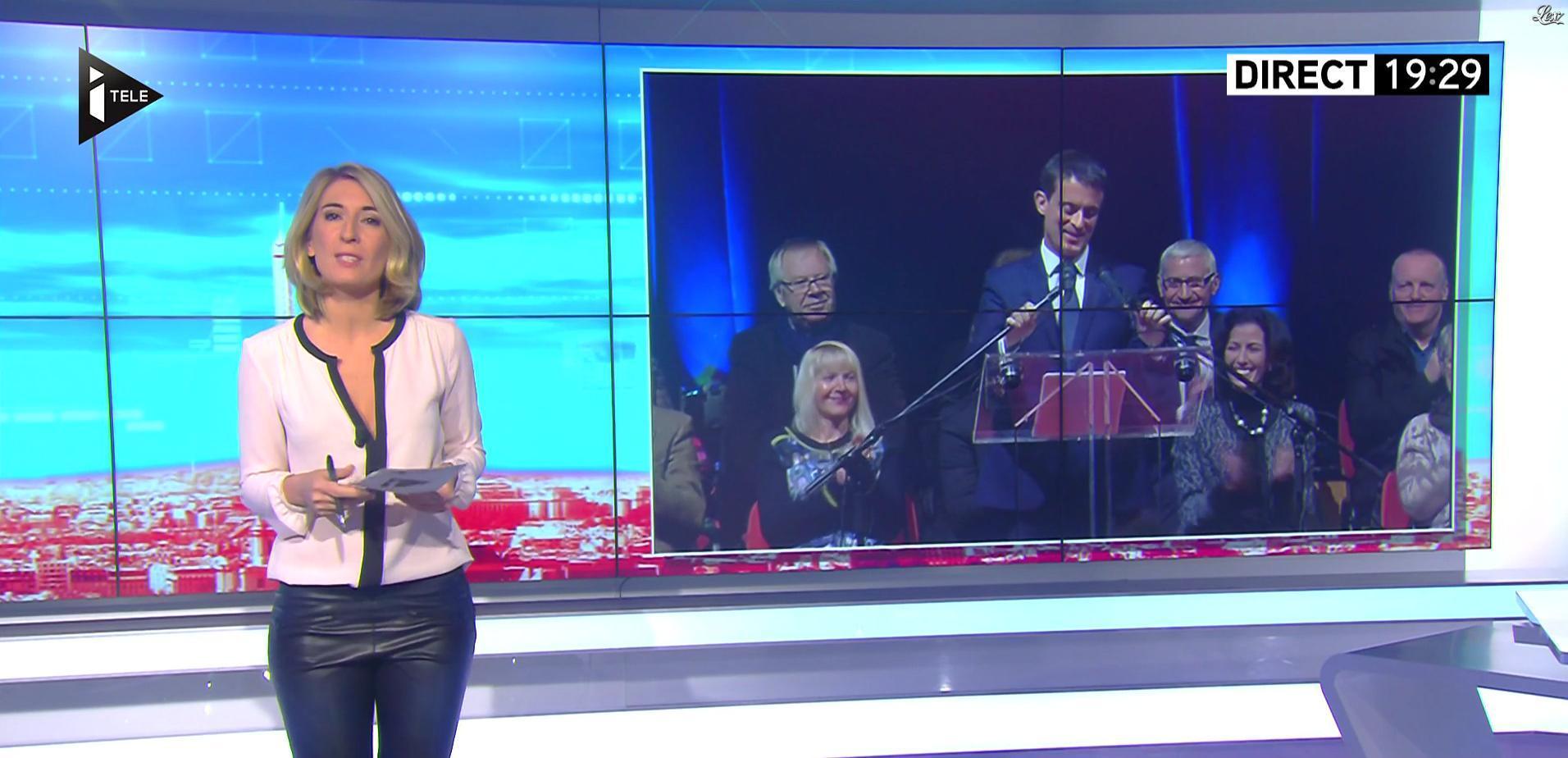 Caroline Delage dans le Direct Ferrari. Diffusé à la télévision le 07/12/16.