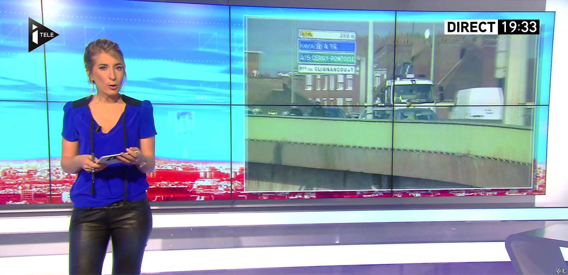 Caroline Delage dans le Direct Ferrari. Diffusé à la télévision le 30/11/16.