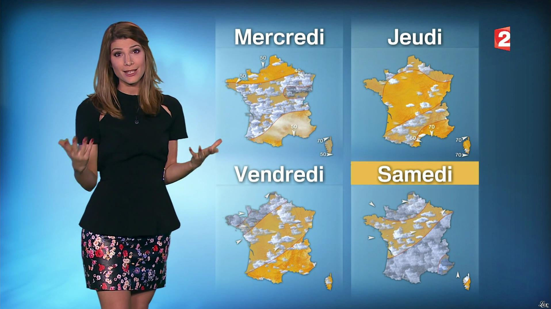 Chloé Nabédian à la Météo du Soir. Diffusé à la télévision le 31/10/16.
