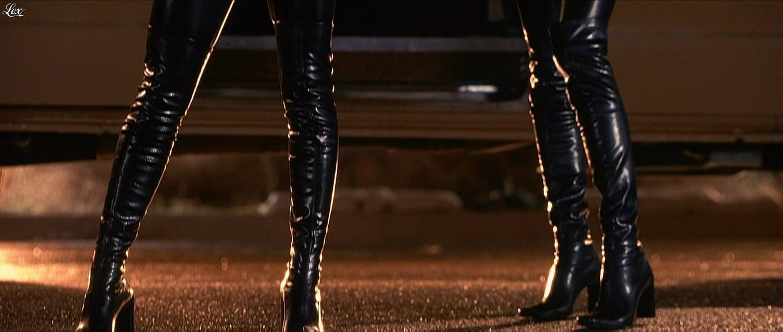 Eliza Dushku et Jennifer Schwalbach Smith dans Jay et Silent Bob. Diffusé à la télévision le 21/08/16.