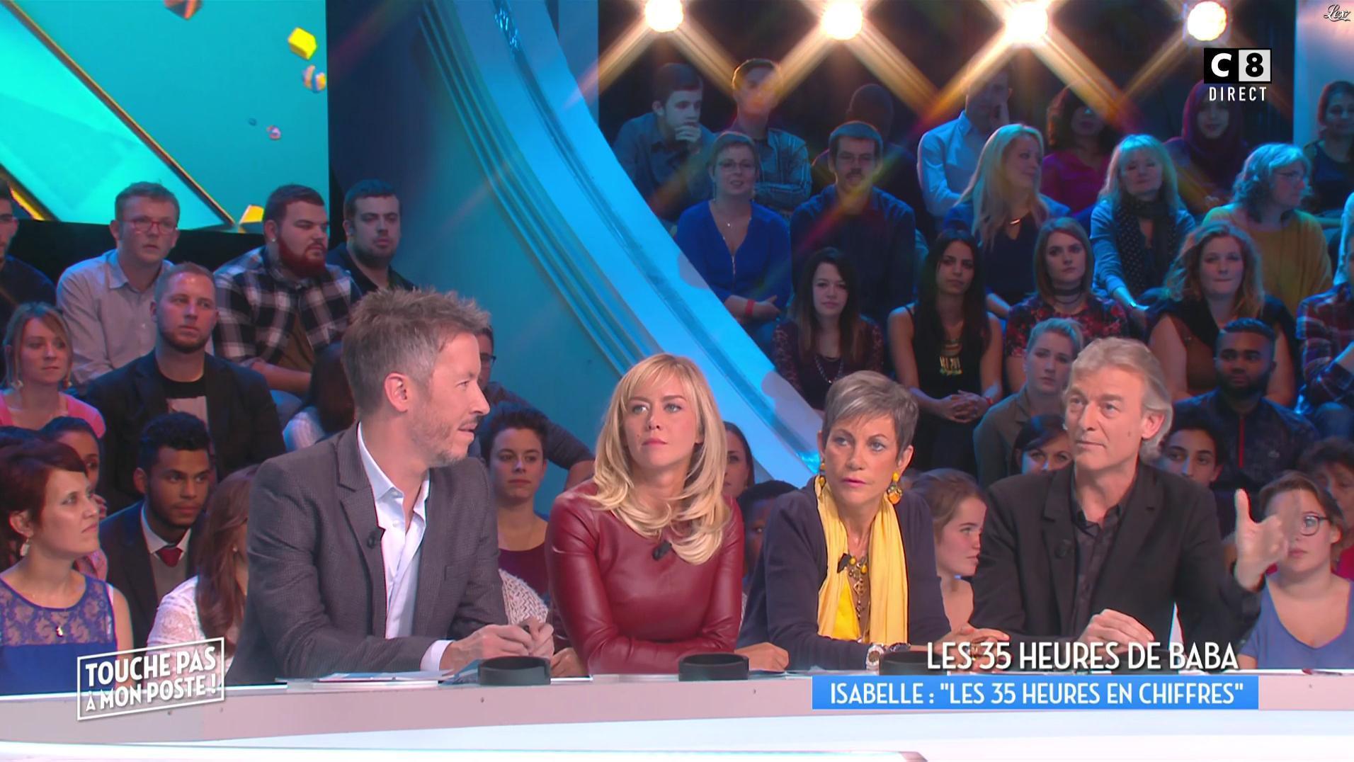 Enora Malagré dans Touche pas à mon Poste. Diffusé à la télévision le 17/10/16.