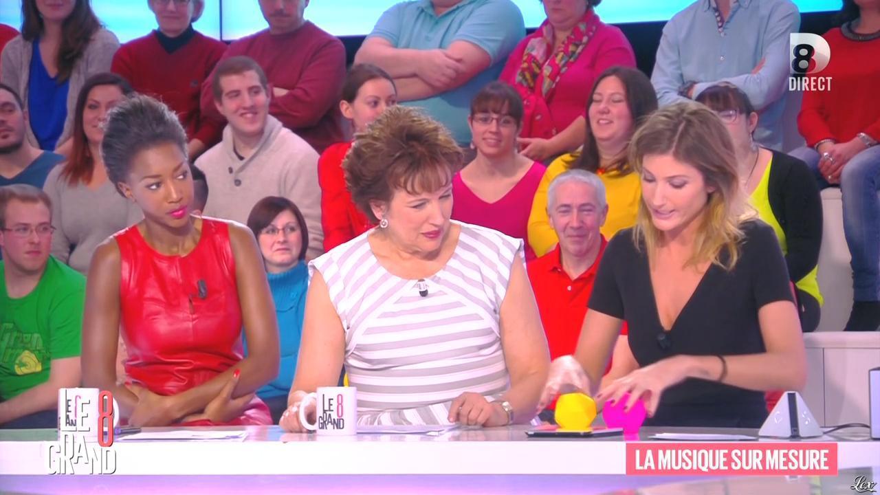 Hapsatou Sy et Caroline Ithurbide dans le Grand 8. Diffusé à la télévision le 29/01/15.