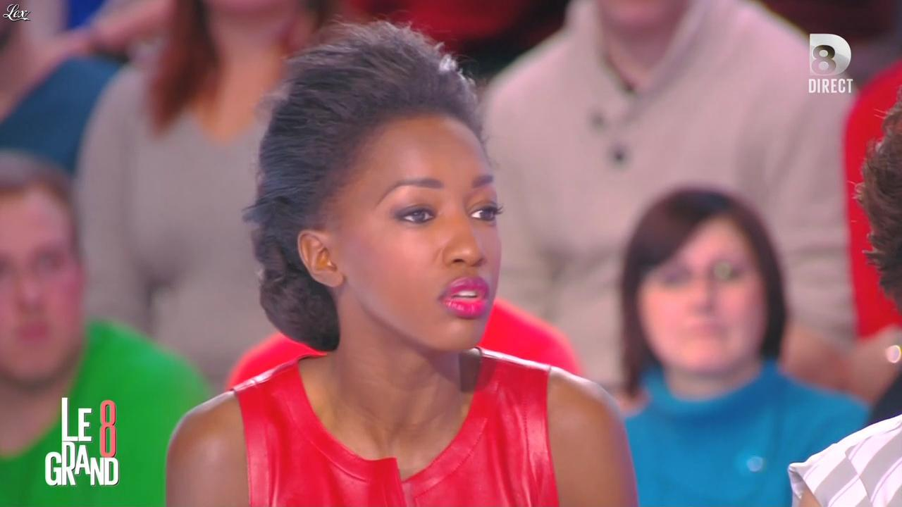 Hapsatou Sy dans le Grand 8. Diffusé à la télévision le 29/01/15.