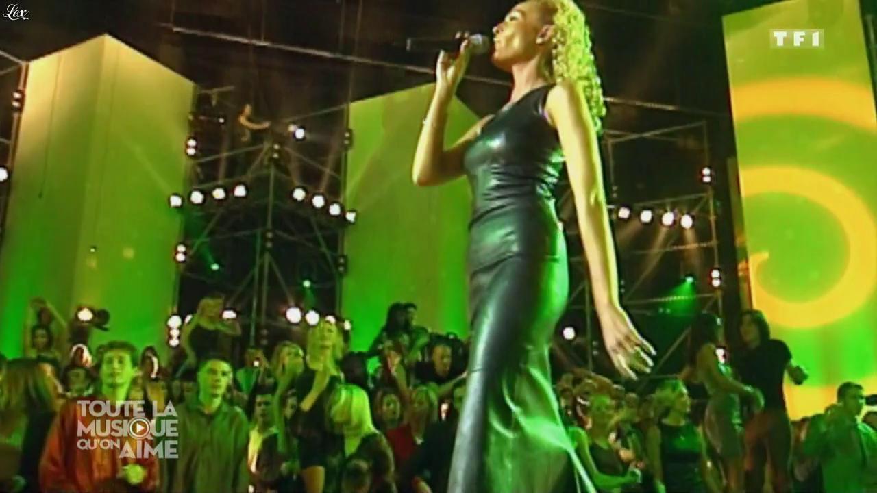 Ishtar dans Toute la Musique qu'on Aime. Diffusé à la télévision le 31/12/16.