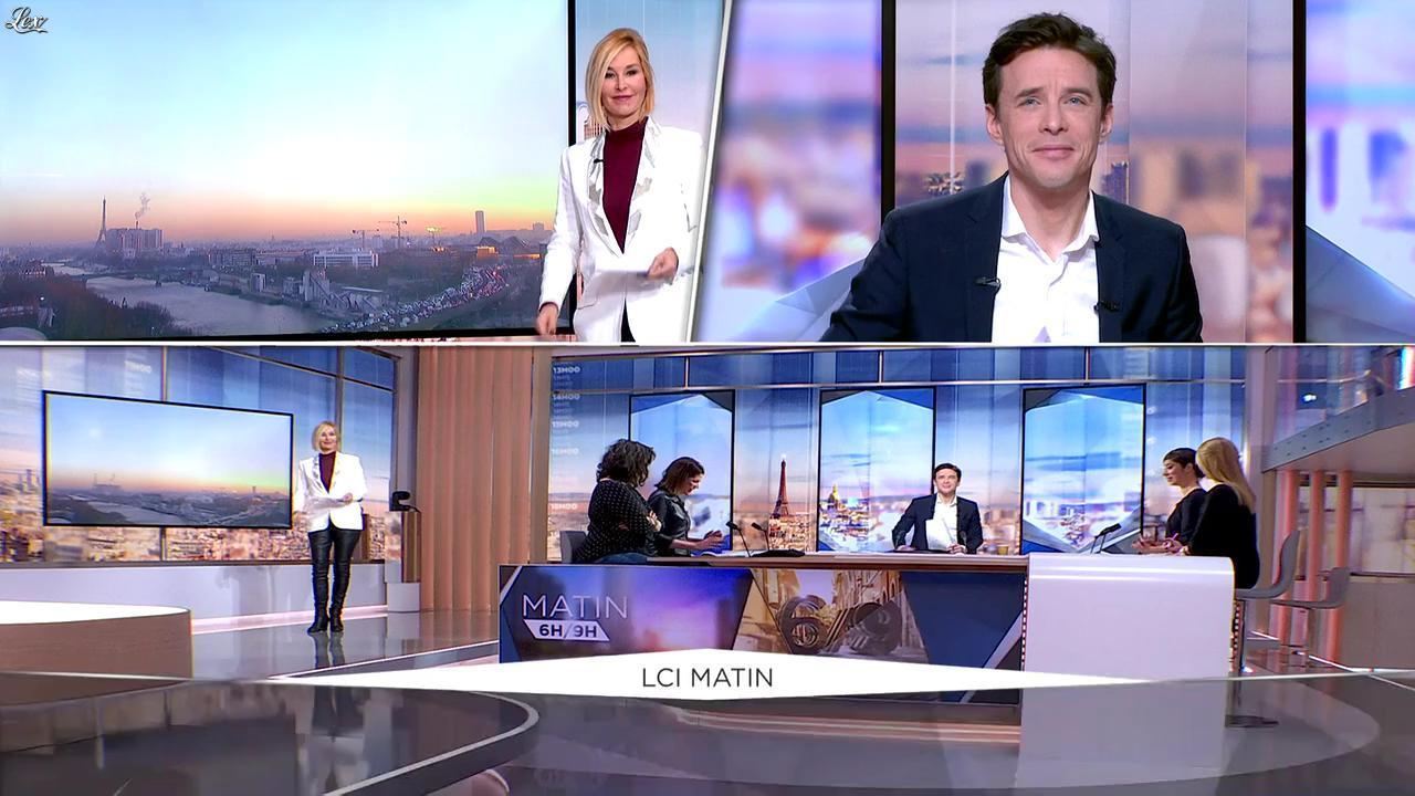 Karine Fauvet dans LCI et Vous. Diffusé à la télévision le 30/11/16.