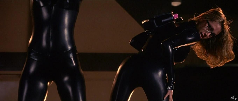 Shannon Elizabeth et Ali Larter dans Jay et Silent Bob. Diffusé à la télévision le 21/08/16.