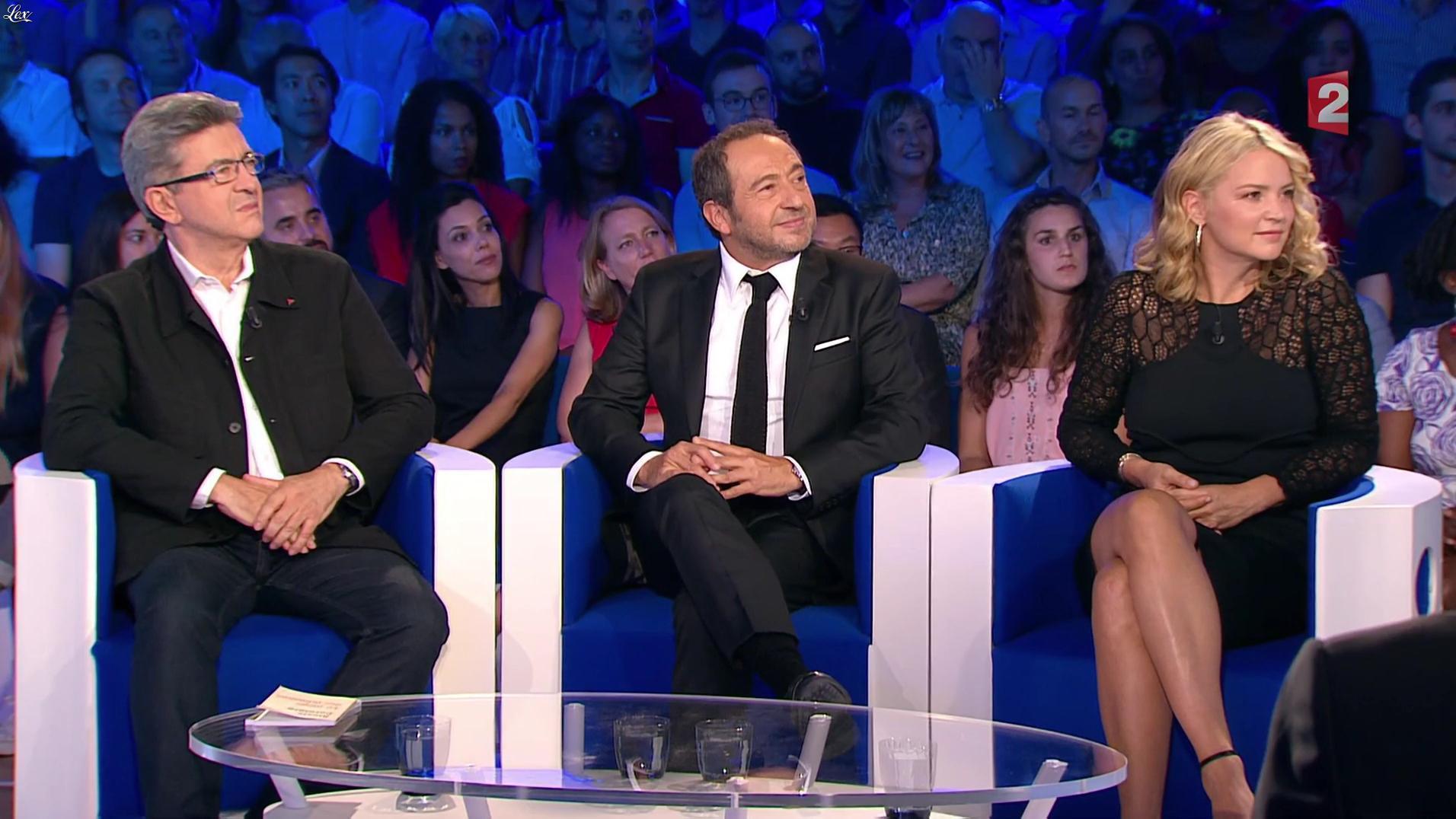 Virginie Efira dans On n'est pas Couché, le Prime. Diffusé à la télévision le 10/09/16.