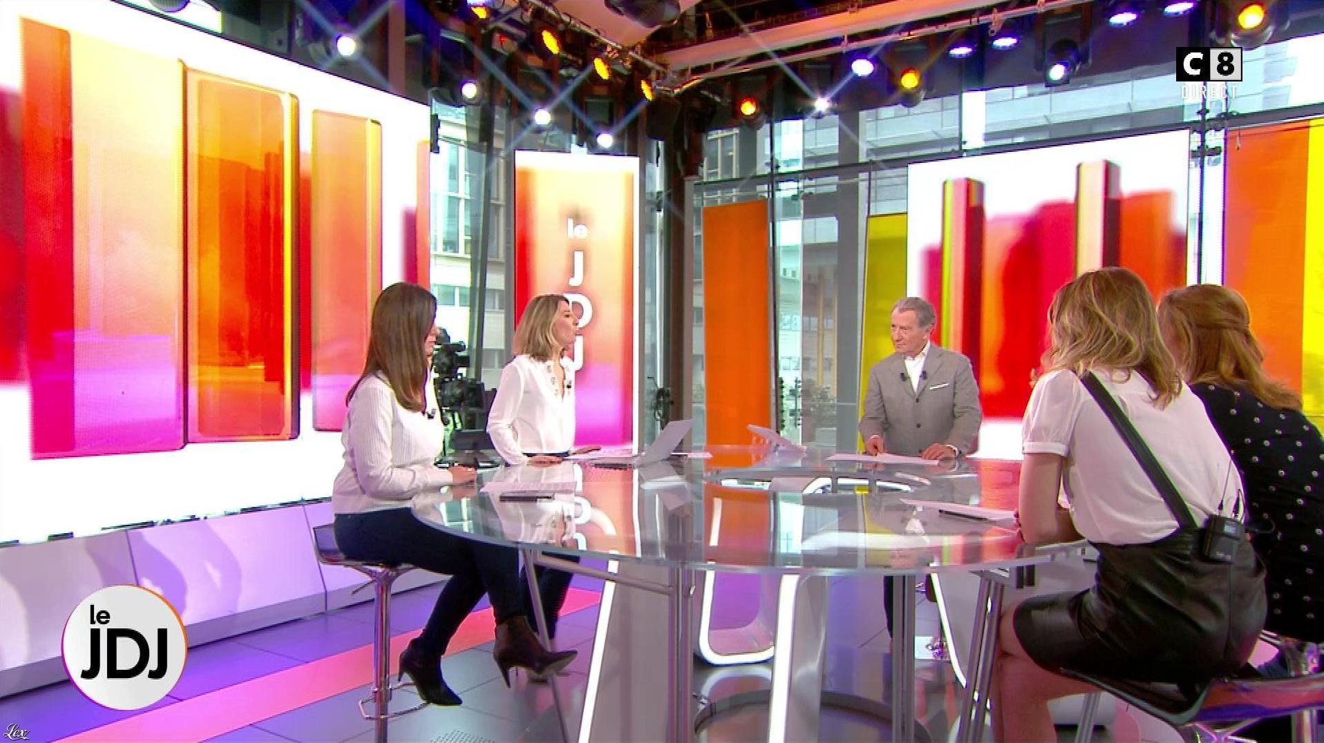 Caroline Ithurbide dans William à Midi. Diffusé à la télévision le 05/04/18.