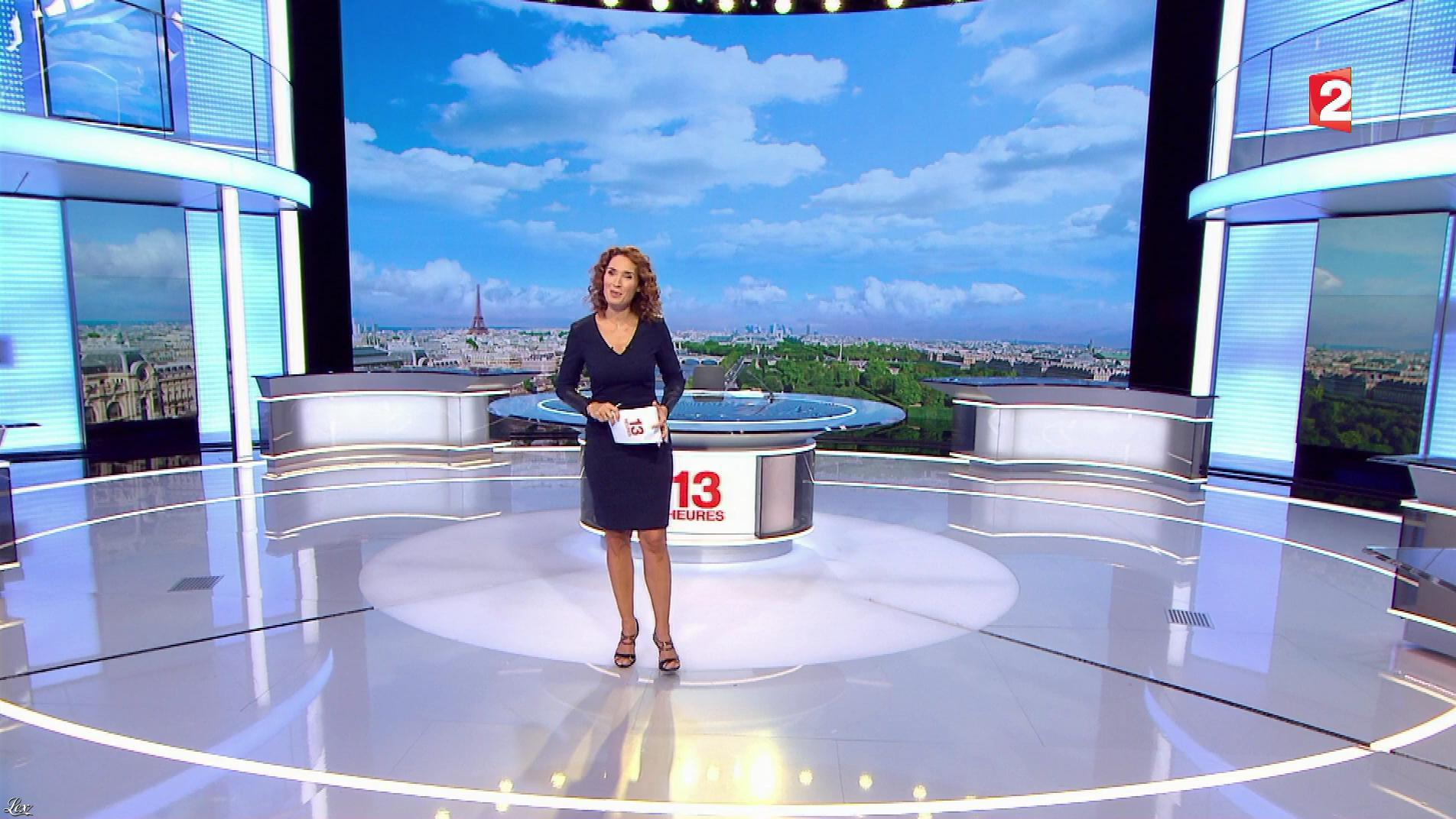 Marie Sophie Lacarrau dans le 13h. Diffusé à la télévision le 05/10/17.