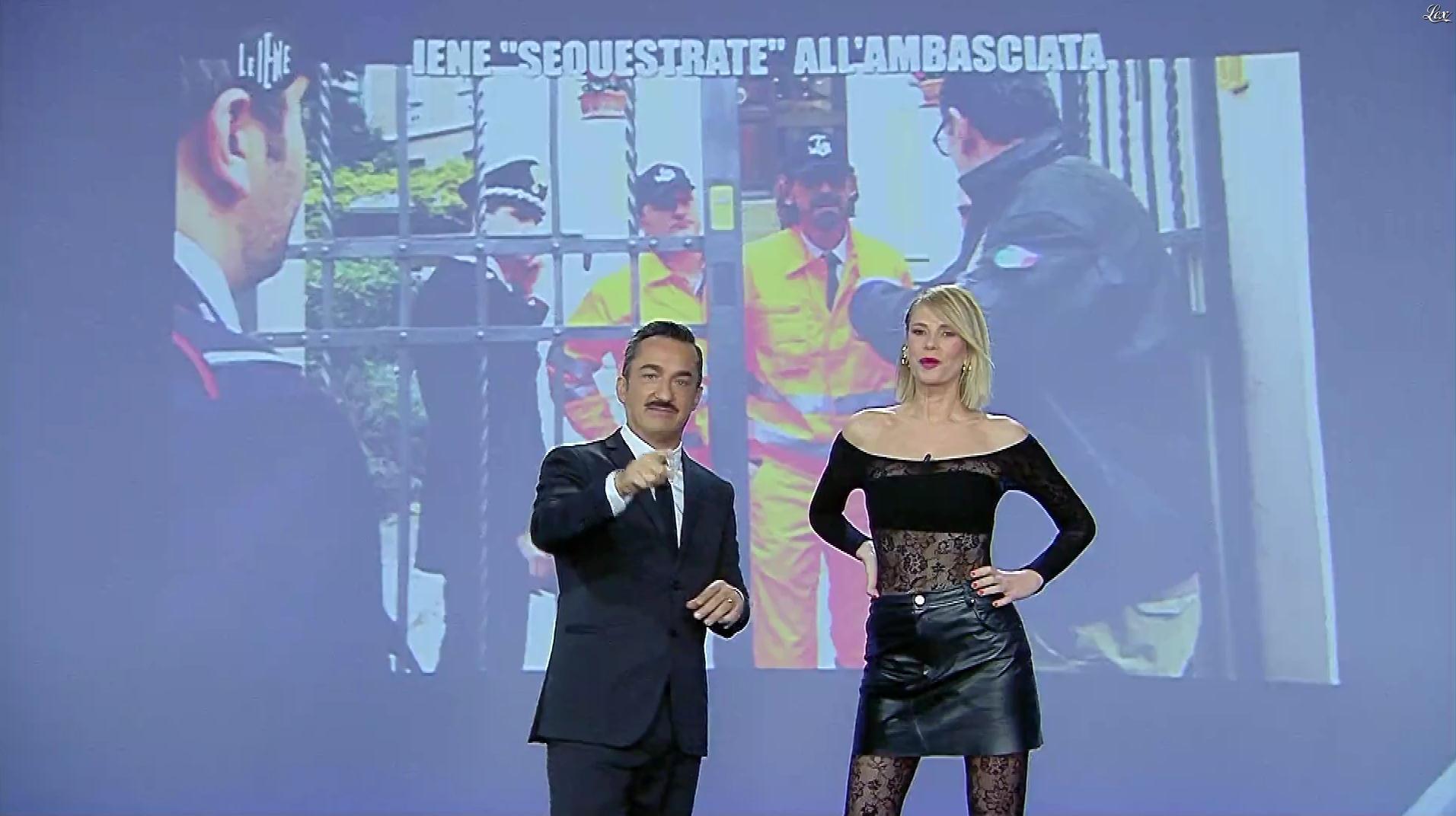 Alessia Marcuzzi dans le Iene. Diffusé à la télévision le 17/12/19.