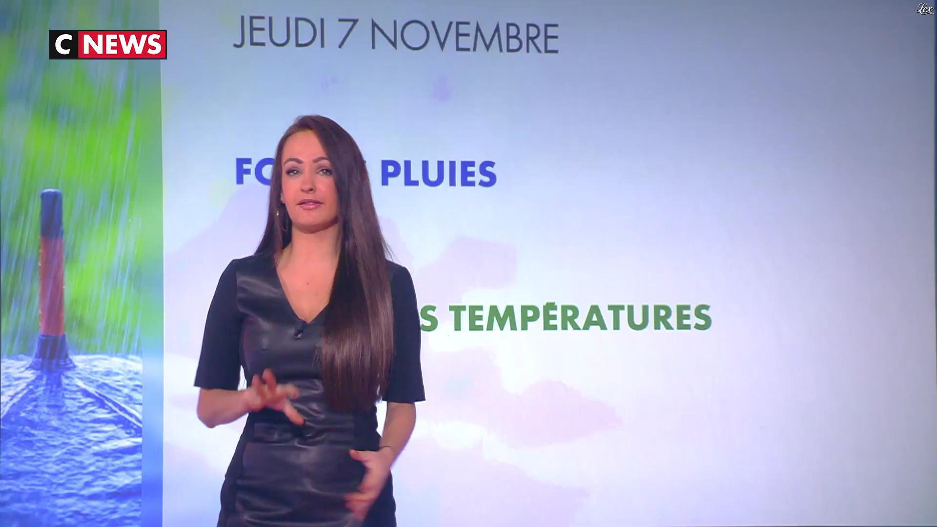 Alexandra Blanc à la Météo. Diffusé à la télévision le 07/11/19.