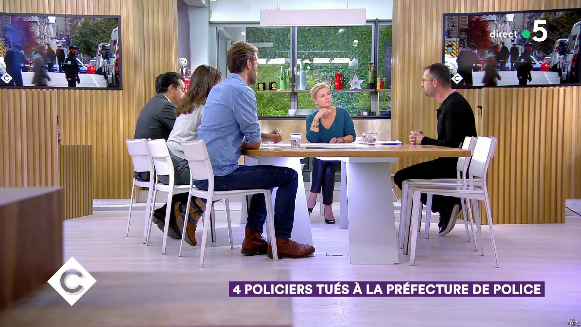 Anne-Elisabeth Lemoine dans C à Vous. Diffusé à la télévision le 03/10/19.