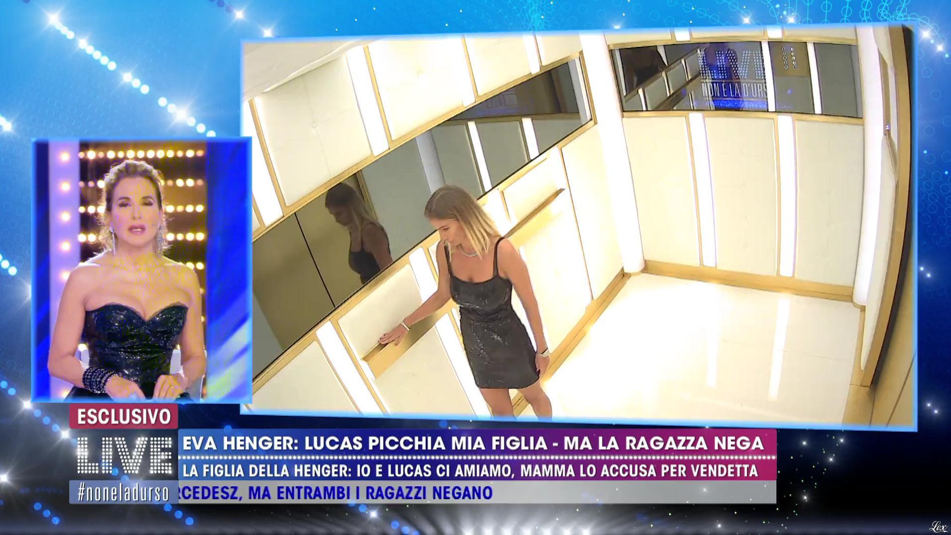 Barbara d'Urso et Eva Henger dans Non è la d'Urso. Diffusé à la télévision le 04/11/19.