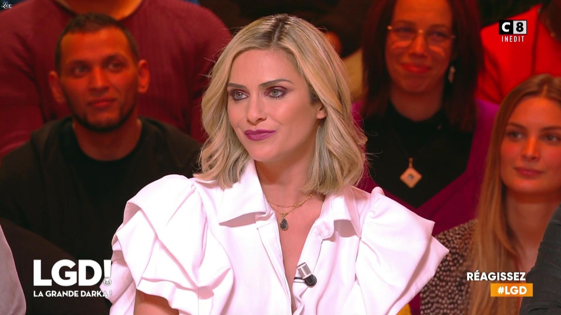 Clara Morgane dans la Grande Darka. Diffusé à la télévision le 25/01/20.