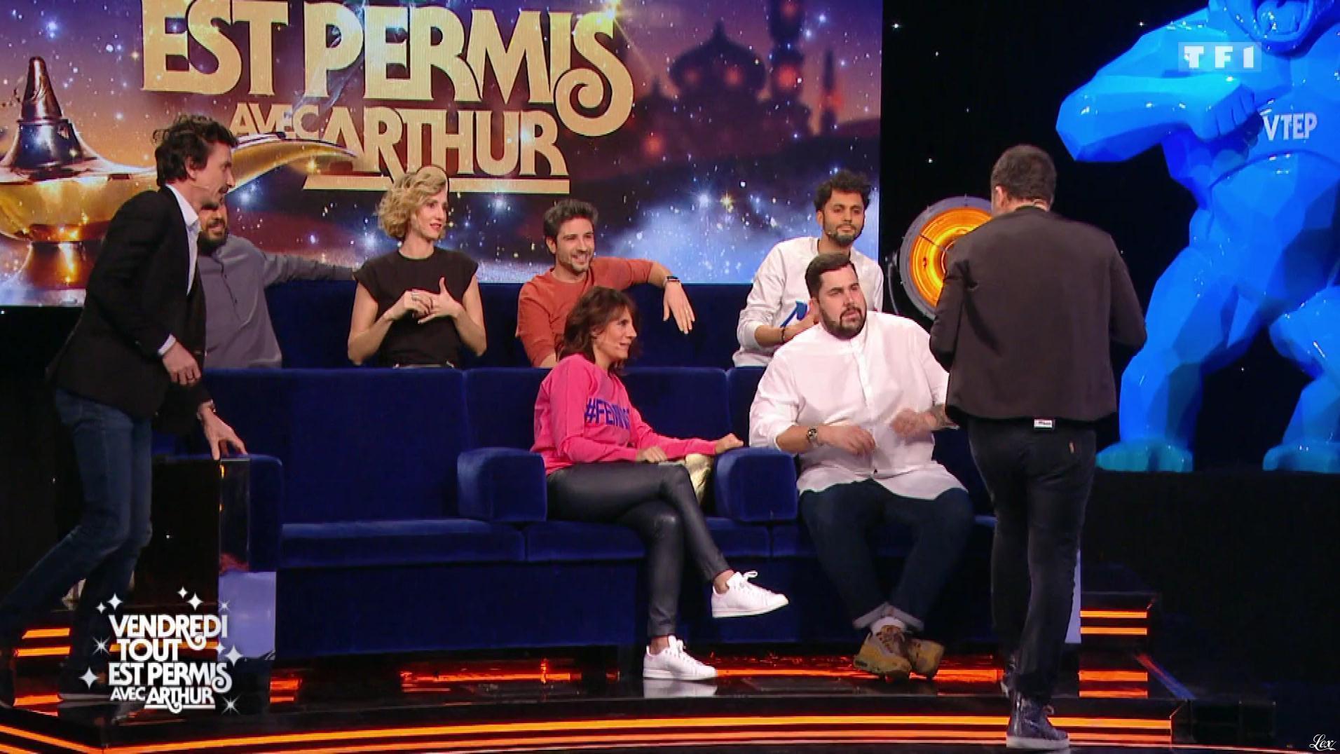 Estelle Denis et Anne-Sophie Girard dans Vendredi, Tout Est Permis. Diffusé à la télévision le 31/08/18.