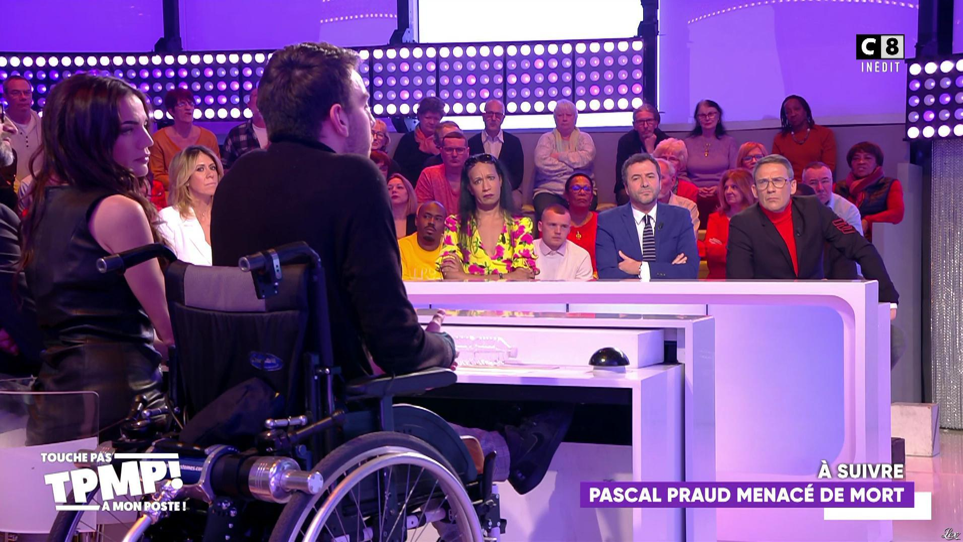FrancesÇa Antoniotti dans Touche pas à mon Poste. Diffusé à la télévision le 13/03/20.