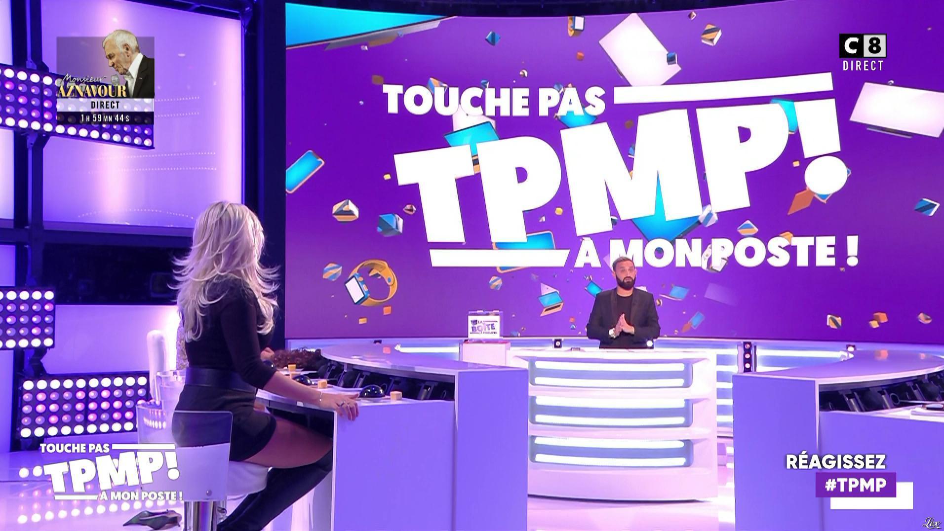 Kelly Vedovelli dans Touche pas à mon Poste. Diffusé à la télévision le 03/10/19.
