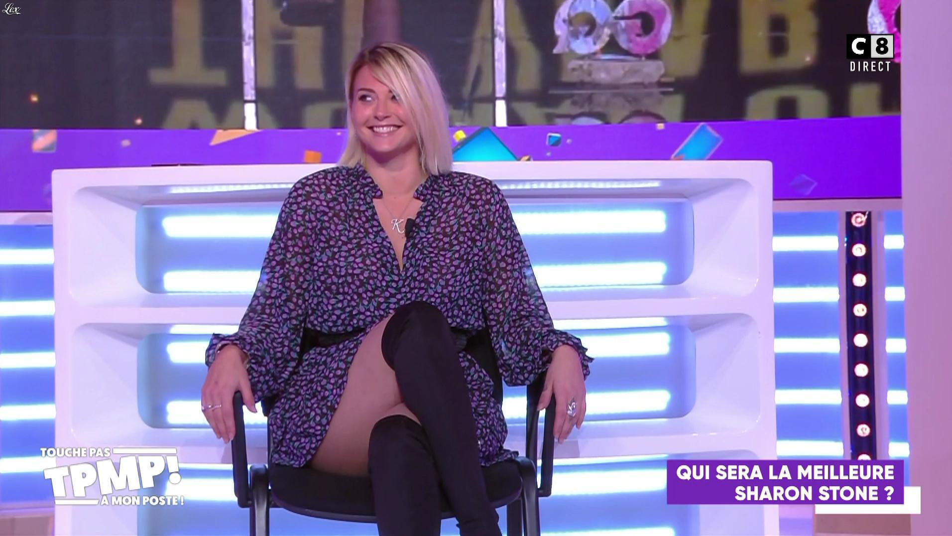 Kelly Vedovelli dans Touche pas à mon Poste. Diffusé à la télévision le 11/11/19.