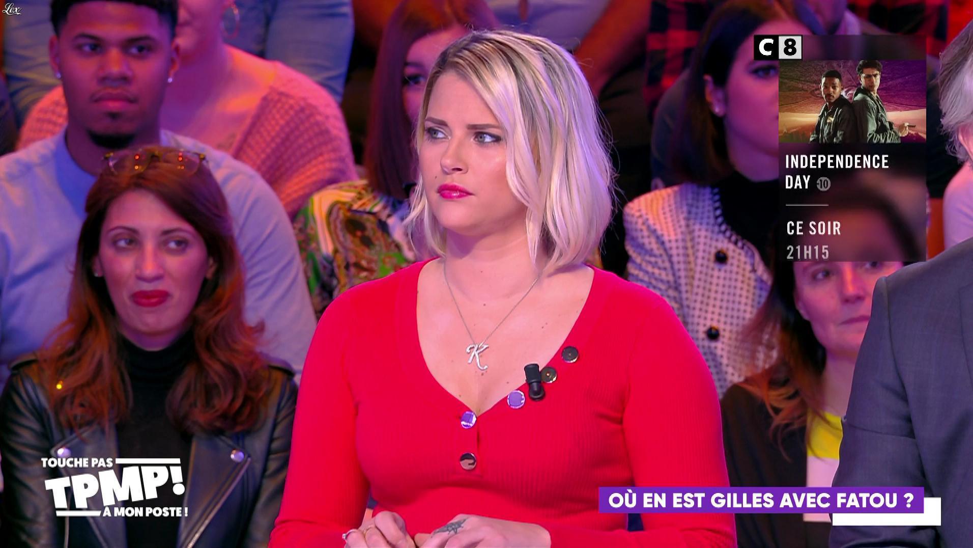 Kelly Vedovelli dans Touche pas à mon Poste. Diffusé à la télévision le 27/01/20.