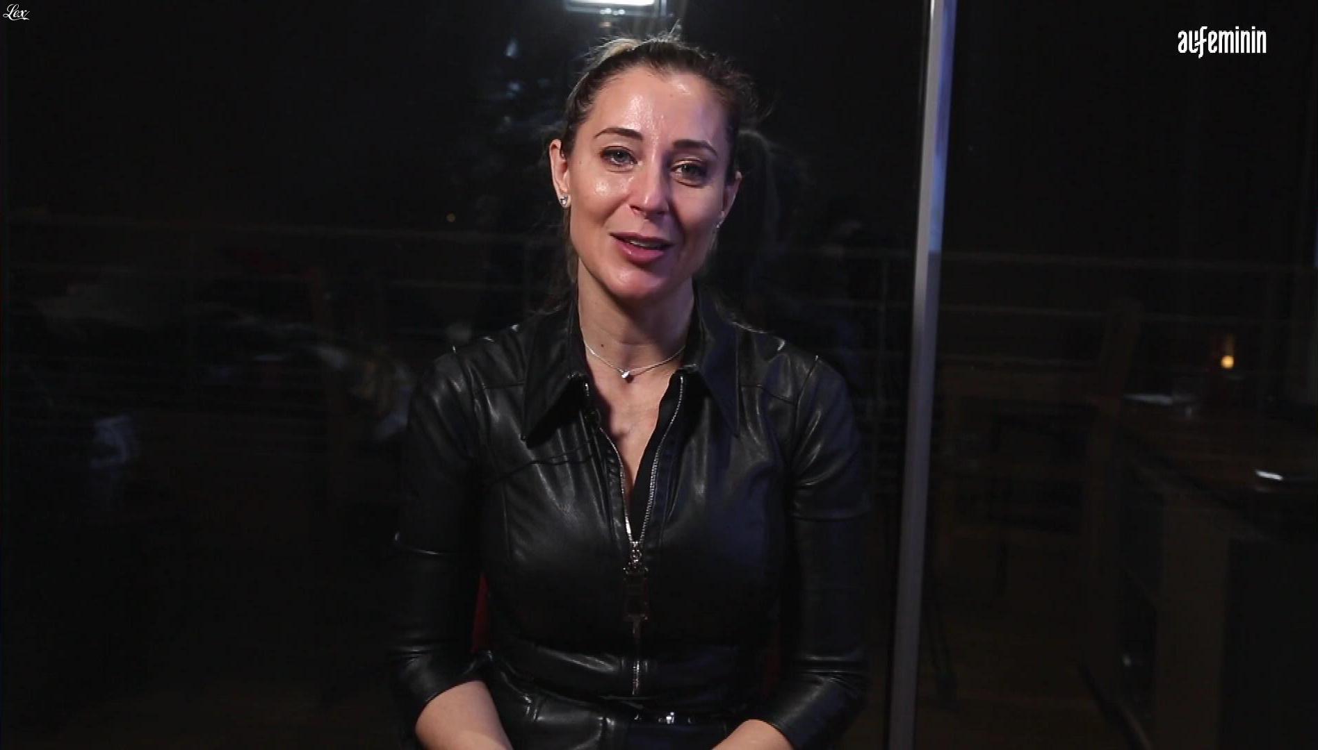Magali Berdah dans Interview pour au Feminin. Diffusé à la télévision le 29/01/20.