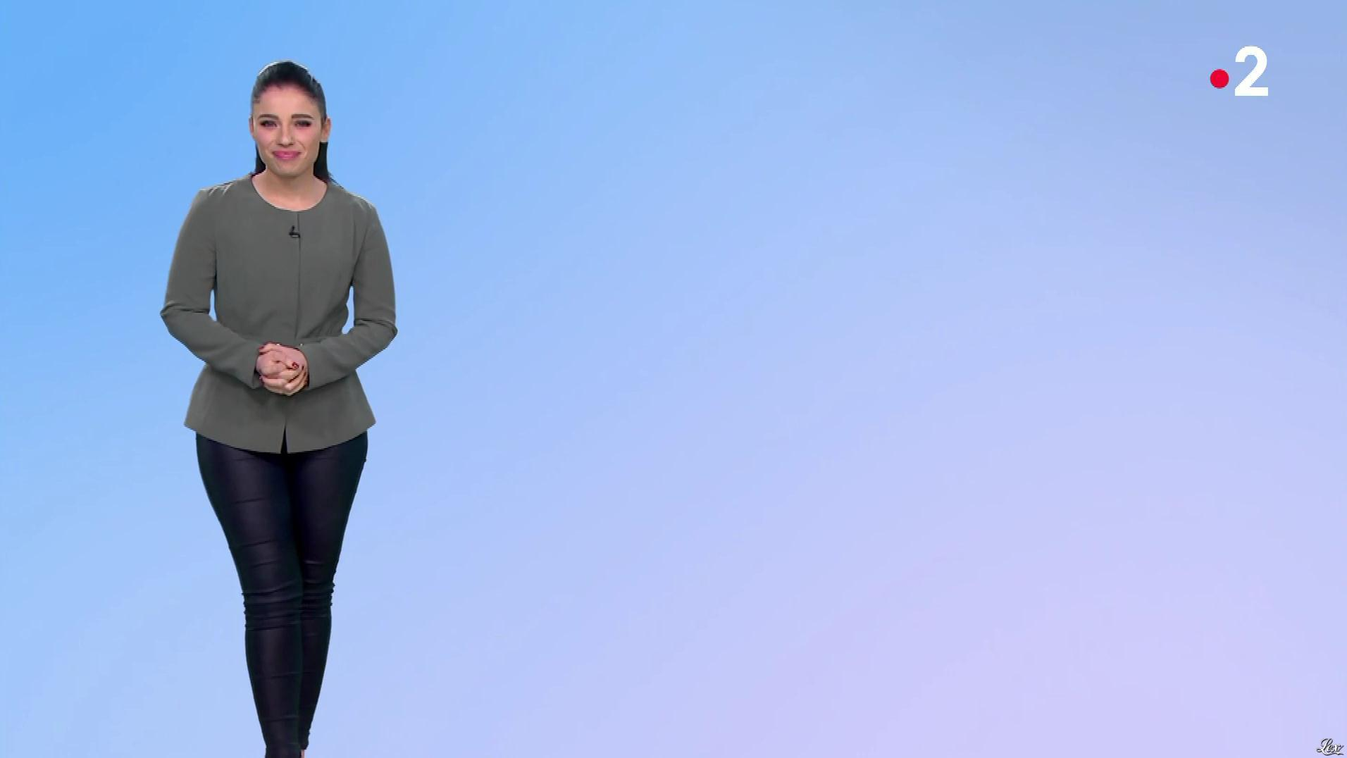Virginie Hilssone à la Météo de Midi. Diffusé à la télévision le 29/02/20.