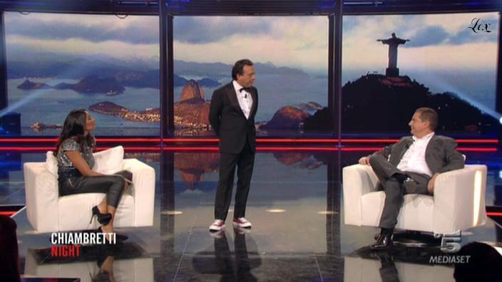 Juliana Moreira dans Chiambretti Night. Diffusé à la télévision le 22/10/10.